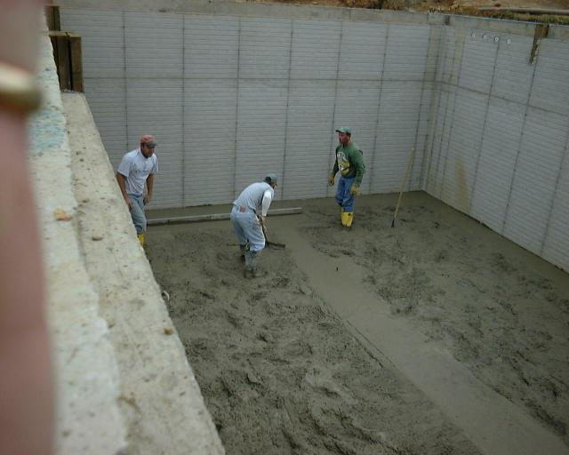 Basement floor for Pouring a basement
